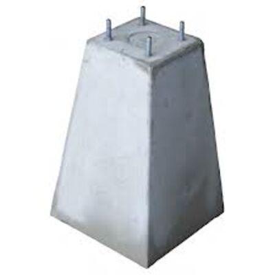 Betonpoer voor glazen windscherm