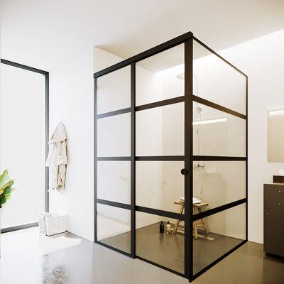 Black_wallglass4_