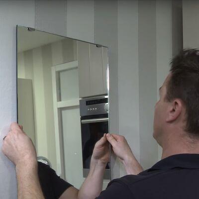 Montage spiegel met veerklemmen