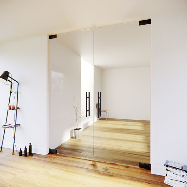 Dubbele taatsdeur met zwart beslag
