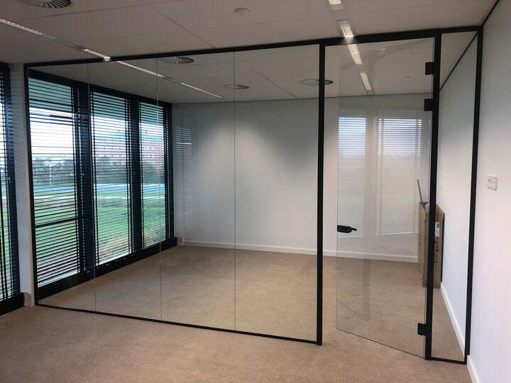 Glazen wand kantoor3